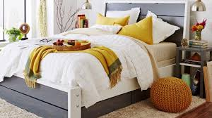 Build Platform Bed With Storage Underneath by How To Build A Platform Bed With Storage Youtube