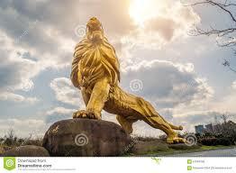 gold lion statue gold lion statue stock photo image 67884296