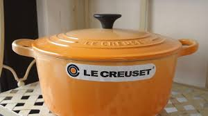 le creuset cocotte ronde 22 orange blossom youtube