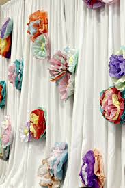Decorate Room With Paper Simple And Inexpensive Party Shower And Banquet Decor Tissue