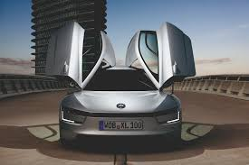volkswagen xl1 volkswagen u0027s xl1 is a diesel powered coupe that achieves 260mpg