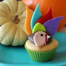 12 adorable turkey cupcakes for thanksgiving babble