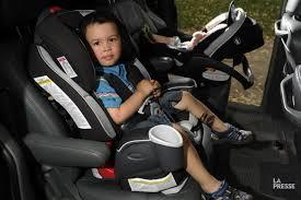 siege auto a l avant siège d auto pour bébé vers l avant pas trop vite allard
