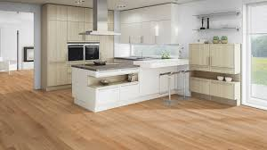 cuisine et parquet parquet flottant dans une cuisine cool with parquet flottant dans