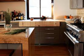 Laminate Flooring In Kitchen by Hardwood Floors In The Kitchen 10 Examples Prove They U0027re Worth It