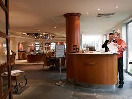 cuisine brasserie vespers a la carte restaurant apollo hotel basingstoke hshire