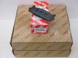 lexus gs 350 brake pad replacement amazon com lexus oem factory front brake pads and rotor set 2010