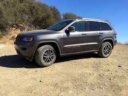 justin timberlake jeep review grand cherokee trailhawk is the plush way to off road a jeep