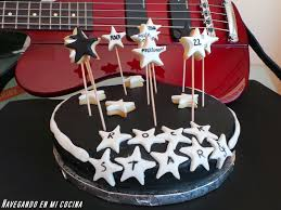 imagenes feliz cumpleaños rockero navegando en mi cocina tarta fondant para sara
