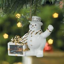 terry redlin snowman ornament family traditions wings