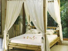 bed ideas simplistic wooden canopy bed frame collect this idea full size of bed ideas simplistic wooden canopy bed frame collect this idea canopy beds
