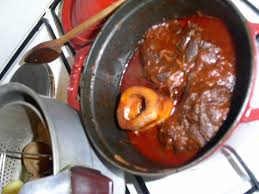 cuisiner le jarret de boeuf plats qui réchauffent épisode 3 le peposo de jarret de boeuf