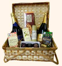 picnic gift basket domestic and imported wines the winebuyer s outlet