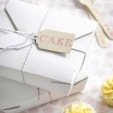 wedding cake boxes for guests cake slice boxes that your guests will adore hitched co uk