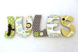 lettre porte chambre bébé merveilleux lettre prenom chambre bebe 2 decoration pour enfants