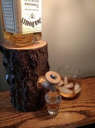 liquor log booze dispenser dudeiwantthat com