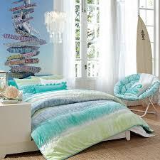 chambre a theme avec idée déco chambre ado autour du surf et de la mer surf room and