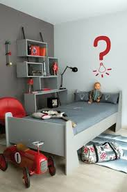 Red And Grey Bedroom by Best 10 Gray Red Bedroom Ideas On Pinterest Red Bedroom Themes