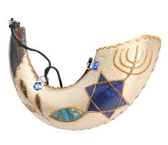 anointing shofar anointing painted ram s horn shofar fish design ajudaica