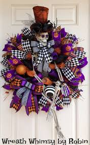 Halloween Door Wreaths 223 Best Halloween Wreath U0026 Wall Decor Images On Pinterest