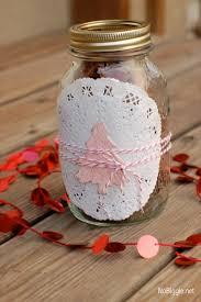 Ideas To Wrap A Gift - 5 festive ways to wrap a gift