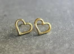 gold earrings in shape gold heart earrings studs heart shaped gold stud earrings