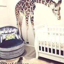 chambre la girafe deco pour chambre bebe chambre bacbac savane girafe sticker zabre