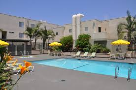 summer fun in sun cool warner center canoga park apartment