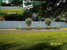 Fence Line Landscaping by 27 Best Island Landscape Beds Images On Pinterest Front Yard
