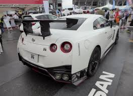 2017 nissan gt r nismo file the rearview of nissan gt r nismo n attack package dba r35