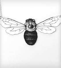 bumblebee insect and silver chain necklace jewelry horseflesh
