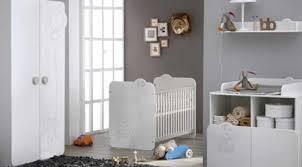 meubles chambre bébé chambre bébé lit armoire commode table