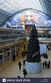 Decorated Christmas Tree London by St Pancras International Christmas Tree Decorations Eurostar