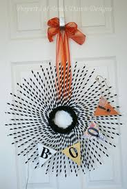 sarah dawn designs halloween wreath and banner