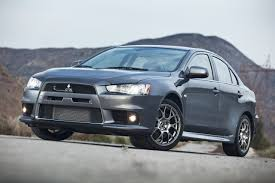 the mitsubishi e evolution wants 2011 mitsubishi lancer evolution photo gallery autoblog