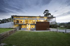 seaside house on aussie coast with butterfly roof