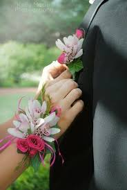 Prom Wrist Corsage 26 Best Prom Images On Pinterest