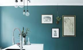 cuisine couleur bleu gris couleur bleu ptrole fabulous cheap merveilleux decoration murale