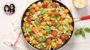 cuisiner des tomates cerises pâtes crémeuses au pesto et aux tomates cerises tout en un d