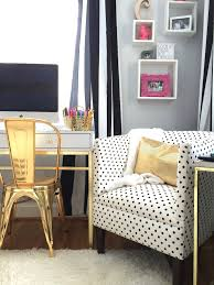 Black White And Gold Living Room by Black White And Chic All Over Teen Bedroom Makeover