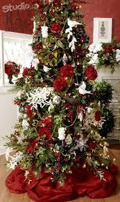 Moose Christmas Tree Skirt 172 Best Raz Past Christmas Trees Images On Pinterest Decorated