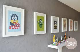 cadre pour chambre enfant tableaux de héros et minions pour chambre d enfants