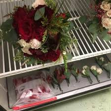 flower delivery kansas city the enchanting florist 22 photos florists 1607 ne 65th ter