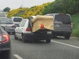 canapé voiture pas besoin d une grosse voiture pour transporter un canapé