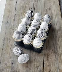 wooden easter eggs that open borderline egg cessive 100 ways to decorate an easter egg brit