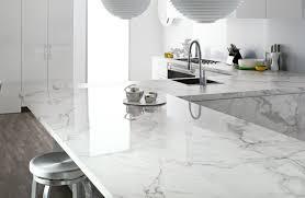 marbre pour cuisine plan de travail marbre sublimer sa cuisine avec un matériau noble