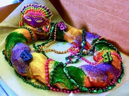 king cake for mardi gras 8 spots in the milwaukee area to find king cake for mardi gras