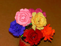 diy how to recycle waste water bottles into colorful ranunculus