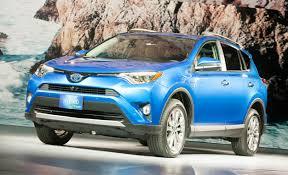 toyota cars rav4 updated 2016 toyota rav4 and rav4 hybrid prices announced