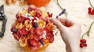 centerpiece for thanksgiving 4 fun ways to spice up your table for thanksgiving dinner gw